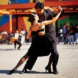 T7) Buenos Aires Tango - wir Reservieren sehr gute Tango Shows fuer unsere gäste kostenfrei Stadtrundfahrt Buenos Aires